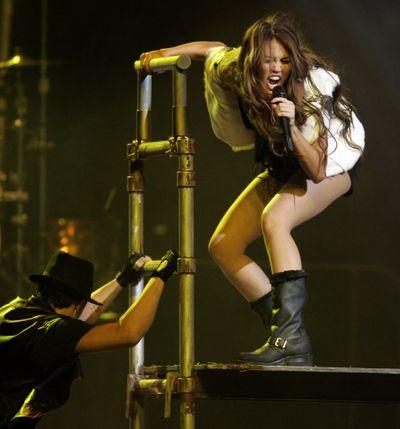 Miley5
