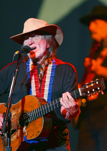Willienelson_fy_092007_cgo_001f